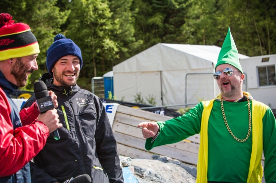 Rob Warner and Claudio Caluori find themselves interupted by a mischevious gnome.