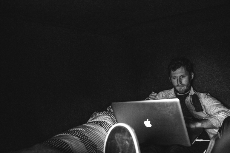 We had plenty of time on the road in between Fort William and Leogang to get our coverage up, Tommy puts the finishing touches on the article.