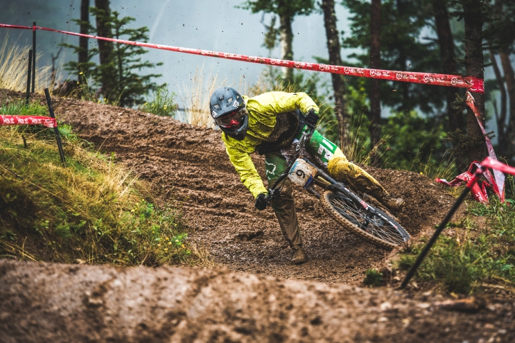 Riding loose and aggressively all season, Connor Fearon showed us all that he is on his way to the top of the sport. Look for big things from the young Aussie in 2016.