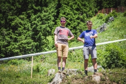 The Parkins are not twins. They don't think it's funny when you forget who is who. John and Rob give the track a thorough look, sorting out where to mine nugs for the week ahead.