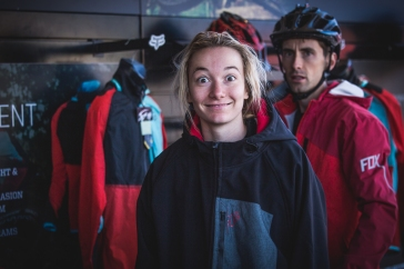 Sometimes, it's all about killing time around the pits. @tahneeseagrave and @point1athletic take a stroll around and window shop.