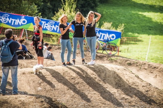 """""""Honey, go stand over there and I'll take a photo of you and the dog..."""" The podium girls turned a lot of heads out on the hill."""