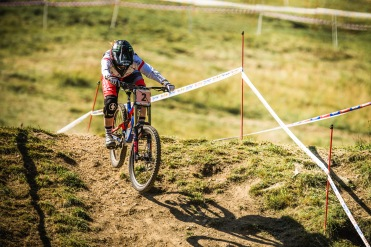 Swinging off the back and sending it deep, Manon Carpenter is keeping it smooth and steady, making sure to ramp up her speed through out the week in order to peak for race day.