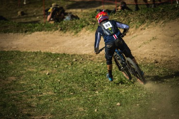 He had Top 20 splits, which were right in line with his noteable riding, but like many others, Neko Mulally encountered some difficulties with the insane track. He at least paid nice homage to Sam Hill with this inside line through the grass!