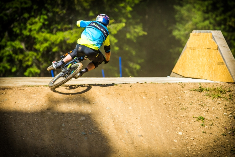 To get the speed for the triple, Brook scrubbed this bridge like no one else. So sick, even if it is out of focus.