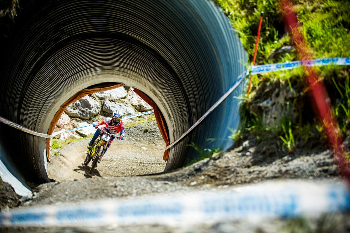 His riding style is can't-miss and his speed is real! Pombo is one of the privateers to watch every round.