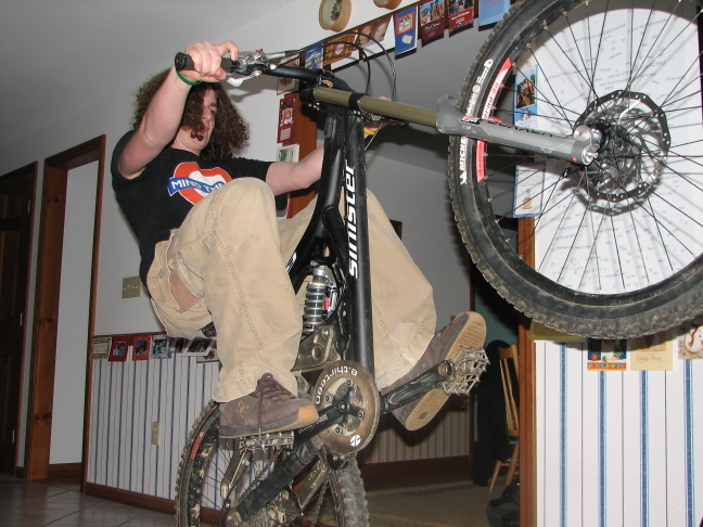 Kitchen Wheelie Test, 2005